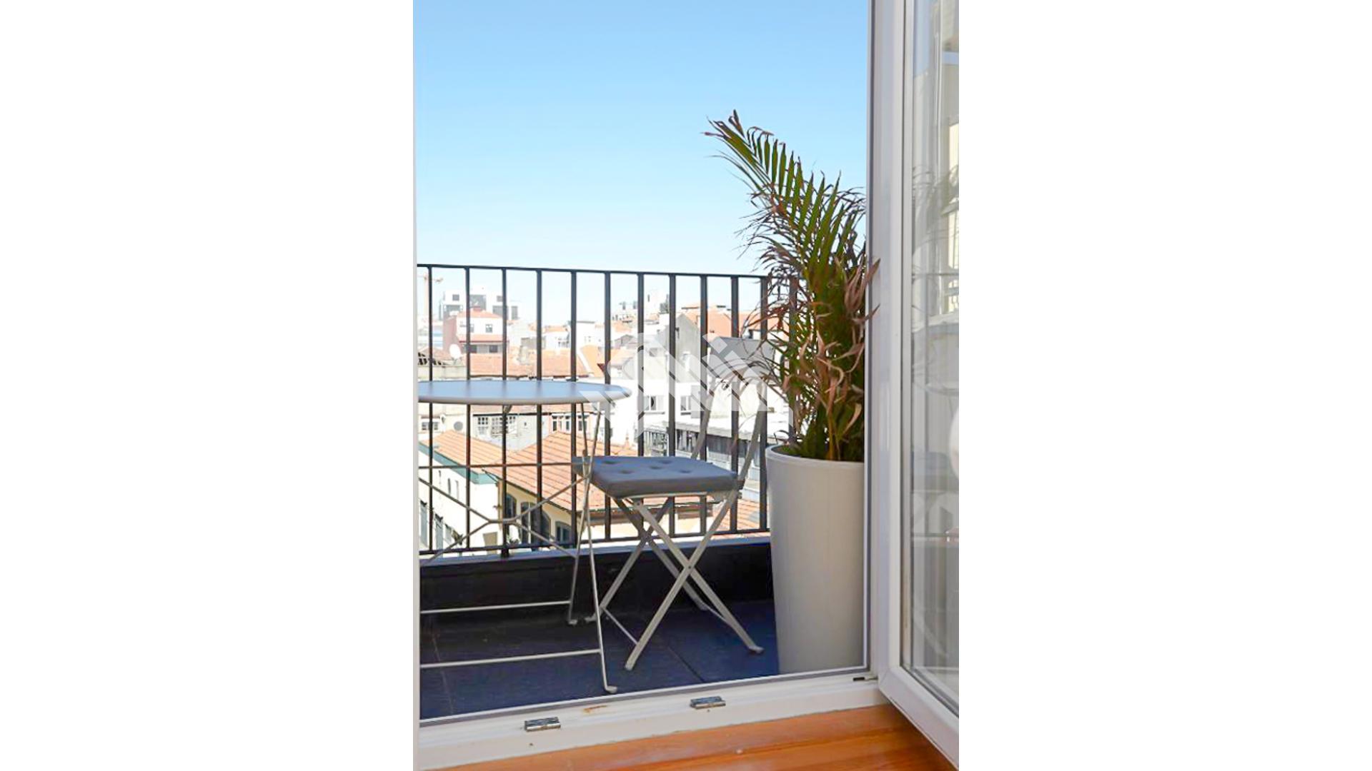 Apartamento T1 na Baixa  - Porto, UDF De Cedofeita, Santo Ildefonso, Sé, Miragaia, São Nicolau E Vitória